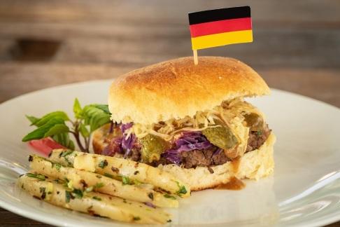 Hambúrguer Alemão, do Café Savana (Alemanha)