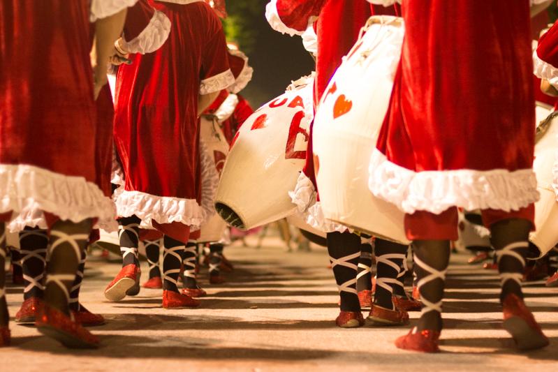 Desfile de Llamada/ Foto Serrana Díaz/ Divulgação Mintur