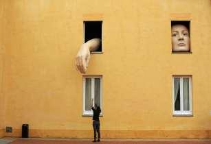 Alice, da espanhola Cristina Lucas, Centro de Arte Contemporânea da Andaluzia, Sevilha