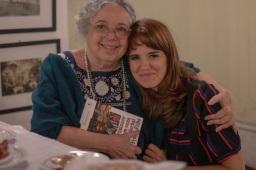Com Camilla Amado