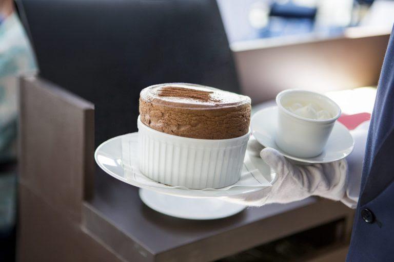 Suflê tradicional de chocolate, de Mônaco