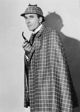 Christopher Lee na produção alemã Sherlock Holmes und das Halsband des Todes, de 1962